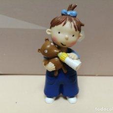 Figuras de Goma y PVC: FIGURA PVC LAS TRES BESSONES MELLIZAS YOLANDA CROMOSOMA 2006. Lote 177529494