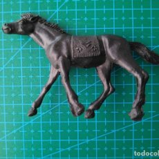 Figuras de Goma y PVC: CABALLO INDIO COLOR NEGRO TIPO COMANSI. Lote 177644780