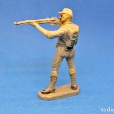 Figurines en Caoutchouc et PVC: ANTIGUA FIGURA EN PLASTICO SERIE SOLDADOS JAPONESES. PECH HERMANOS. AÑOS 60/70. Lote 177739793