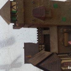 Figuras de Goma y PVC: CASTILLO MEDIAVAL. Lote 177942725