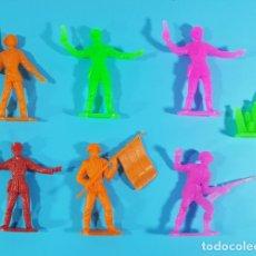 Figuras de Goma y PVC: LOTE 6 ANTIGUAS FIGURAS SOLDADOS ESPAÑOLES COMANSI + PLANTA REGALO, SOLDADOS DEL MUNDO. Lote 178099248