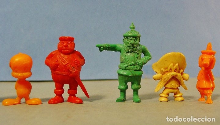 Figuras de Goma y PVC: 9 FIGURITAS PIRATAS Y WARNER DE DUNKIN. - Foto 3 - 178117175