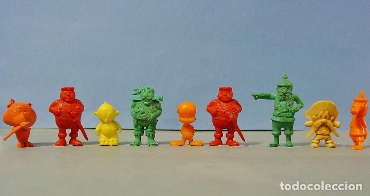 9 FIGURITAS PIRATAS Y WARNER DE DUNKIN. (Juguetes - Figuras de Goma y Pvc - Dunkin)