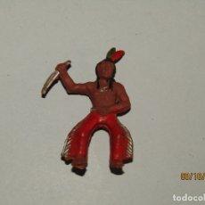 Figuras de Goma y PVC: ANTIGUO INDIO EN GOMA PARA CABALLO - PECH, REAMSA, JECSAN, LAFREDO. Lote 178188675