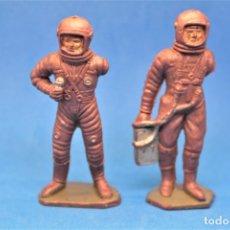 Figuras de Goma y PVC: ANTIGUAS FIGURAS EN PLASTICO. ASTRONAUTAS . SERIE ESPACIO LUNAR - APOLO . JECSAN . AÑOS 60. LEER . Lote 178225310