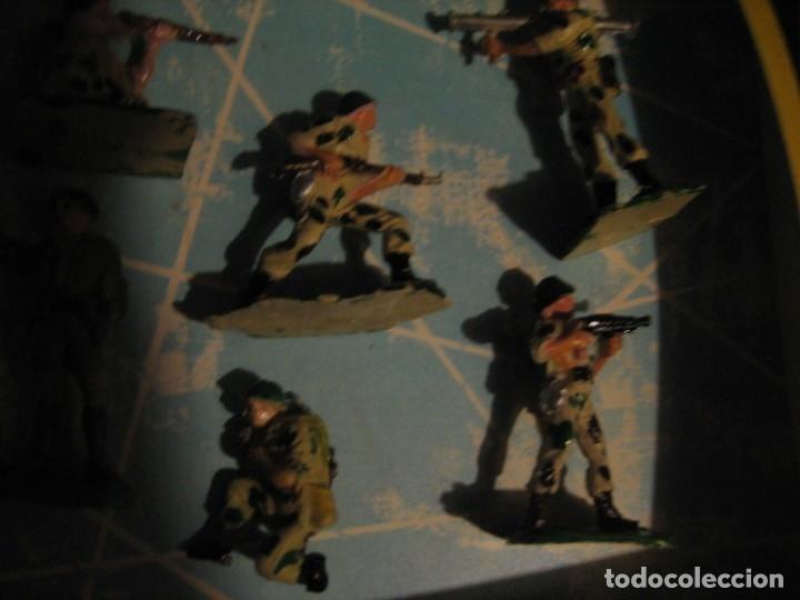 Figuras de Goma y PVC: caja con figuras pech - Foto 2 - 178265020