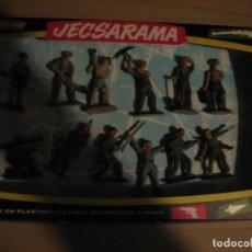 Figuras de Goma y PVC: CAJA CON FIGURAS PECH. Lote 178265112
