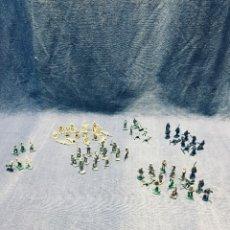 Figuras de Goma y PVC: FIGURAS SOLDADOS 66 PIEZAS DIFERENTES COLORES MONTAPLEX. Lote 178600375