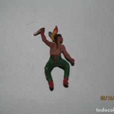 Figuras de Goma y PVC: ANTIGUO INDIO PIEL ROJA EN GOMA PINTADA DE PECH HNOS.. Lote 178625600