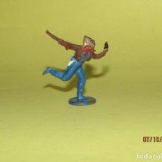 Figuras de Goma y PVC: ANTIGUO VAQUERO COW BOY DESMONTABLE EN GOMA PINTADA DE GAMA. Lote 178788091