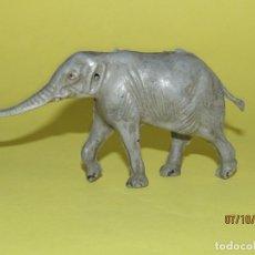 Figuras de Goma y PVC: ANTIGUO ELEFANTE EN GOMA PINTADA DE PECH. Lote 178788490