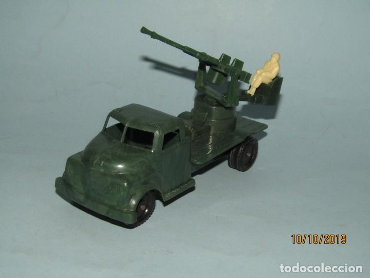 Figuras de Goma y PVC: Antiguo Camión Con Batería Antiaérea - Todo en Plástico Rígido Cristalino de MADEL - Foto 2 - 178936360