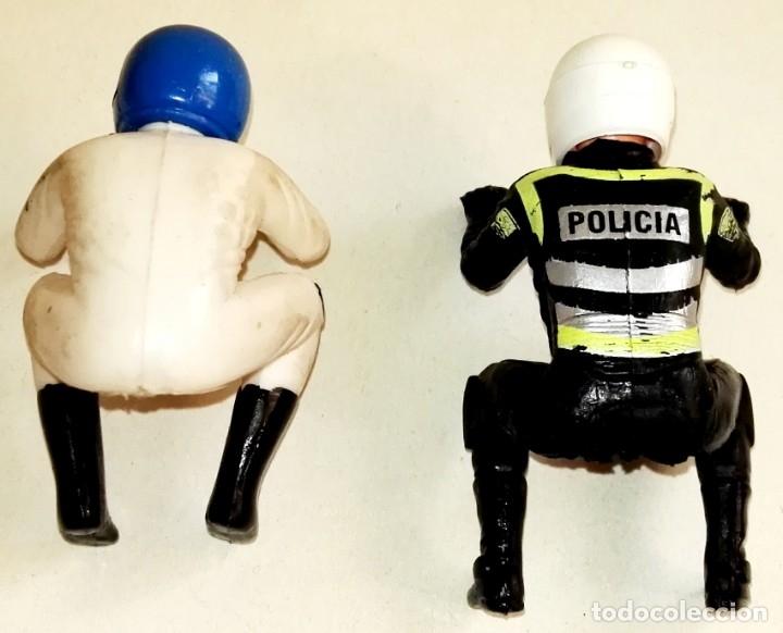 Figuras de Goma y PVC: Dos pilotos, conductores de moto de goma, PVC - Foto 3 - 178961921