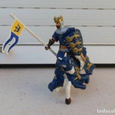 Figuras de Goma y PVC: FIGURA CABALLERO MEDIEVAL CON CABALLO DE PAPO. . Lote 179006062