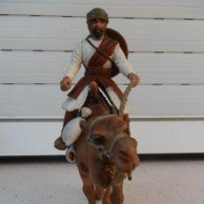 Figuras de Goma y PVC: ÁRABE CON CAMELLO AMBOS DE SCHLEICH.. Lote 179006788
