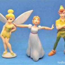 Figuras de Goma y PVC: FIGURAS EN PVC PERSONAJES DE LA PELICULA PETER PAN. PETER PAN, WENDY Y CAMPANILLA. BULLY. Lote 179075307