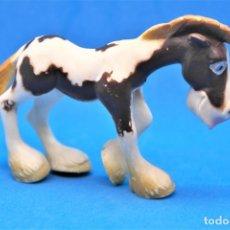 Figuras de Goma y PVC: FIGURA EN GOMA/PVC SERIE ANIMALES DE LA GRANJA.- GOSNELL - OJOS SALTONES -CABALLO. Lote 179091648