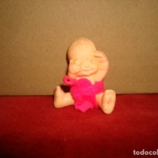 Figuras de Goma y PVC: BEBE GOMA PVC 4 CM. Lote 179108981