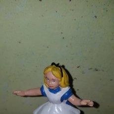 Figuras de Goma y PVC: FIGURA PVC GOMA ALICIA EN EL PAÍS DE LAS MARAVILLAS BULLYLAND PINTADA A MANO MUÑECO DIBUJOS ANIMADOS. Lote 179207818
