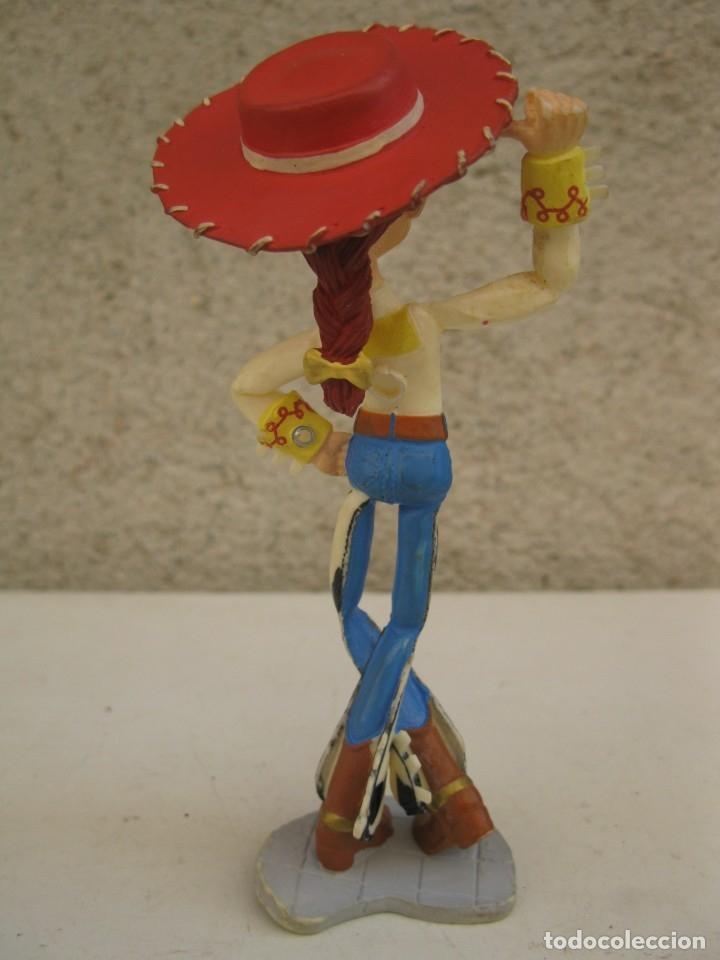 Figuras de Goma y PVC: JESSIE - PERSONAJE DE TOY STORY - FIGURA DE PVC - DISNEY - PIXAR - BULLYLAND. - Foto 2 - 179249307
