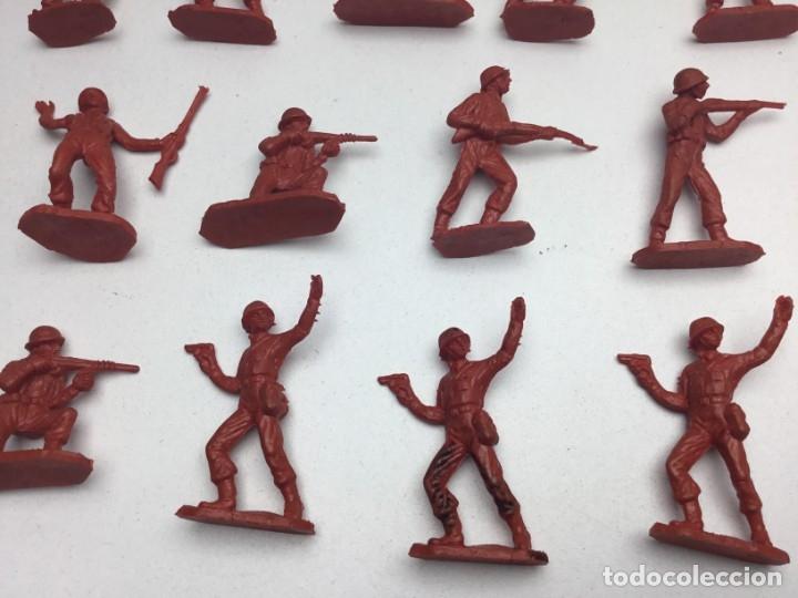 Figuras de Goma y PVC: 31 FIGURAS - SOLDADITOS | PECH, JECSAN, REAMSA, TEIXIDO, OLIVER, COMANSI - AÑOS 70 - Foto 5 - 179530895