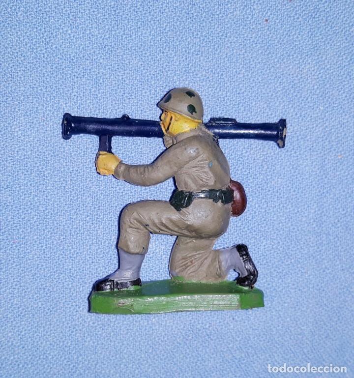 Figuras de Goma y PVC: SOLDADO DE PECH EN GOMA ORIGINAL AÑOS 60 EN MUY BUEN ESTADO - Foto 2 - 179530992