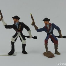 Figuras de Goma y PVC: 2 PIRATAS DE PLASTICO, PIRATA CON CATALEJO Y PISTOLA, MIDE 7 CMS.. Lote 179951672