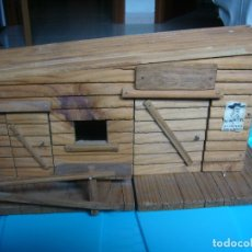 Figuras de Goma y PVC: RANCHO DE MADERA POSIBLE TEIXIDO. Lote 180464338