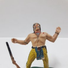 Figuras de Goma y PVC: GUERRERO INDIO HERIDO . BATALLA DE LITTLE BIG HORN . FIGURA REAMSA . AÑOS 60. Lote 180488722