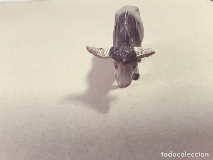 Figuras de Goma y PVC: Toro de goma,hermanos pech,años 50-60 - Foto 4 - 180963431