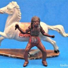 Figuras de Goma y PVC: ANTIGUAS FIGURAS DEL OESTE EN GOMA. INDIO A CABALLO DE GAMA. AÑOS 50/60. Lote 181152806