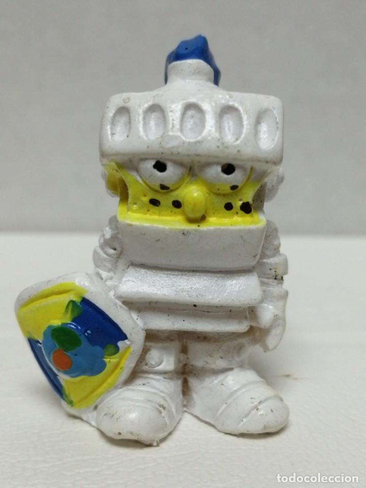 KINDER BOB ESPONJA (Juguetes - Figuras de Gomas y Pvc - Kinder)