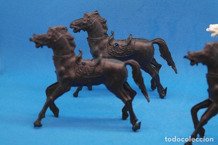 Figuras de Goma y PVC: Antiguas Figuras en Plástico. Lote de Caballos Reigon. HEROES DEL OESTE - AÑOS 70 - Foto 8 - 228506520