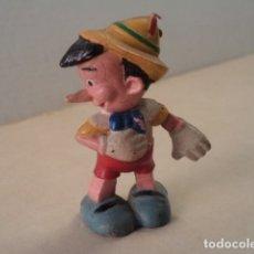 Figuras de Goma y PVC: FIGURA DE GOMA PINOCHO PECH. Lote 181495933