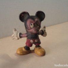 Figuras de Goma y PVC: FIGURA DE GOMA MICKEY PECH. Lote 181496868