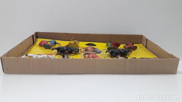 Figuras de Goma y PVC: CAJA ORIGINAL DE LA CORRIDA DE TOROS . REALIZADA POR PECH . AÑOS 60 - Foto 6 - 181887223