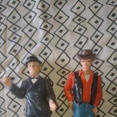 Figuras de Goma y PVC: 2 FIGURAS DE MINIGAMA STAN LAUREL (EL FLACO) Y JAMES DEAN. Lote 181922463