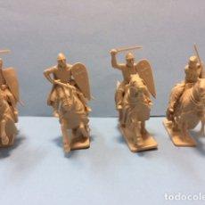 Figuras de Goma y PVC: ITALERI: CRUZADOS Y TEMPLARIOS A CABALLO , REAMSA, JECSAN,1:32, 54 MM. Lote 182062538