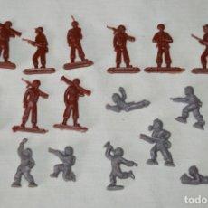 Figuras de Goma y PVC: VINTAGE - LOTE DE SOLDADITOS / FIGURITAS MONTAPLEX - MADE IN SPAIN - ¡MIRA FOTOS!. Lote 182160920