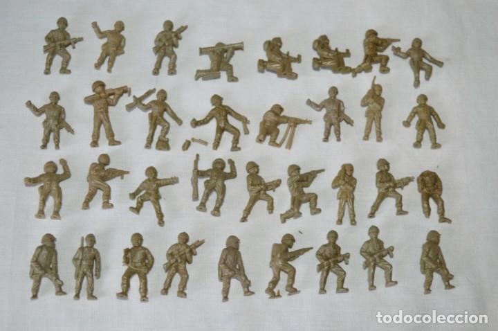 LOTE DE FIGURAS / FIGURITAS VARIADAS DUNKIN SOLDADOS - CHICLES DUNKIN - VINTAGE - ¡MIRA FOTOS! (Juguetes - Figuras de Goma y Pvc - Dunkin)