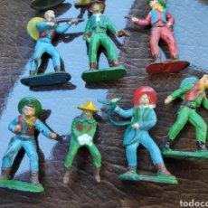 Figuras de Goma y PVC: LOTE FIGURAS ANTIGUAS STARLUX COW-BOYS. Lote 182261253