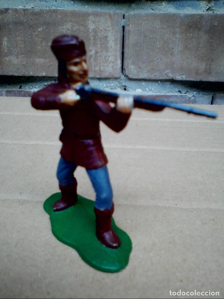 Figuras de Goma y PVC: FIGURA TRAMPERO CON ESCOPETA REAMSA: POLICÍA MONTADA DEL CANADÁ DE PLÁSTICO - Foto 2 - 182348031