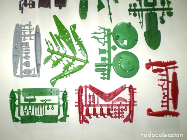 Figuras de Goma y PVC: LOTE MONTAPLEX DE COLADAS DIVERSAS - Foto 2 - 182676513