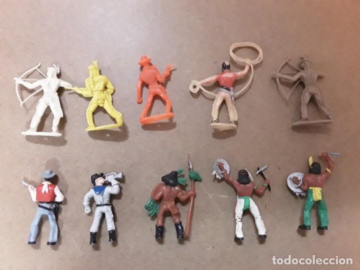 Figuras de Goma y PVC: Lote indios vaqueros goma comansi - Foto 2 - 182695431