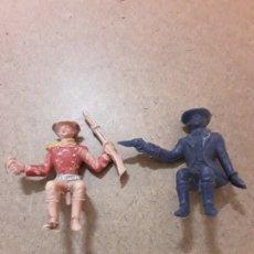 Figuras de Goma y PVC: VAQUEROS SENTADOS,PARA CARRETA,COMANSI JECSAN REANSA. Lote 182697065