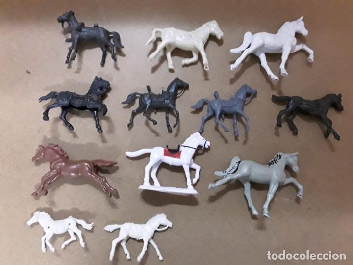 Figuras de Goma y PVC: Lote caballos de plastico comansi? Jecsan? Reamsa? - Foto 2 - 182702235