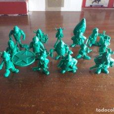 Figuras de Goma y PVC: LOTE 17 FIGURAS VERDES. ASTERIX. UDERZO. AÑOS 80 NUEVAS. Lote 182718463