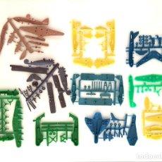 Figuras de Goma y PVC: LOTE MONTAPLEX - 10 COLADAS DE AVIONES. Lote 182894015
