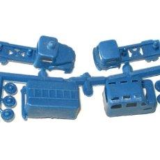 Figuras de Goma y PVC: MONTAPLEX 1 COLADA DE 2 MINI CAMIONES. Lote 183274221
