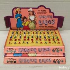 Figuras de Goma y PVC: CAJA DE ANILLOS FASHION RINGS DE LOS AÑOS 80 QUIOSCO BARATIJAS JUGUETES KIOSCO. Lote 183340366